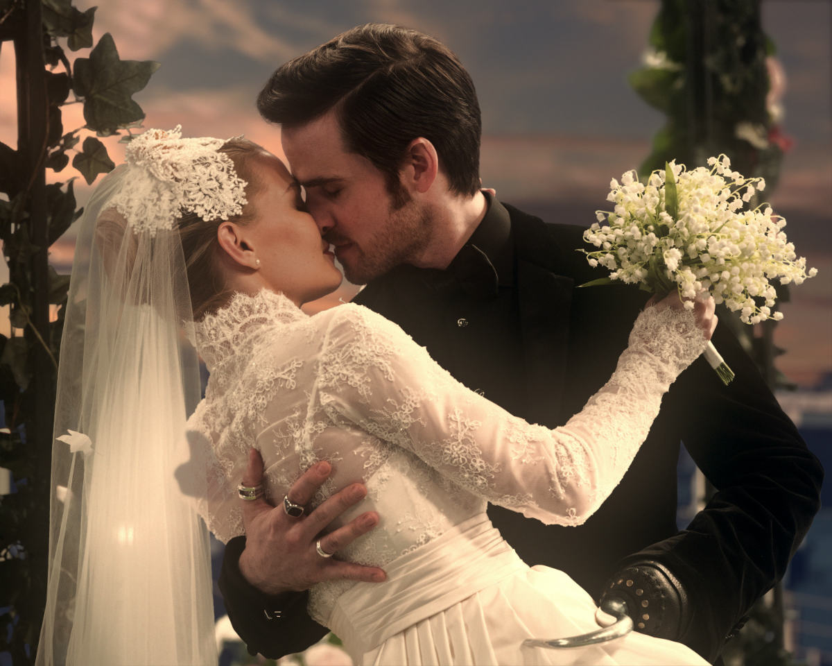 Once Upon A Time S Wedding Dress Fashion Who Wore It Best